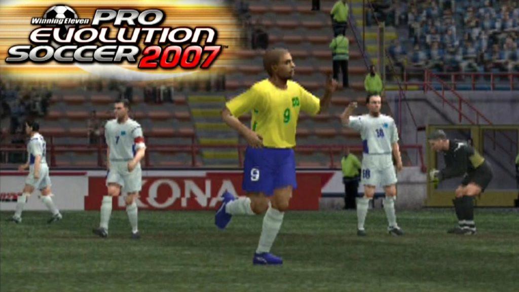 PES 2007 com uma imagem de Adriano Imperador após marcar um gol na Argentina